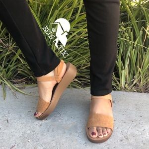 Taupe Comfort Elastic Platform Sandals
